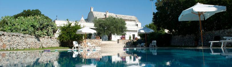 Agriturismo puglia con appartamenti trulli con piscina masseria puglia selvaggi - Masseria in puglia con piscina ...