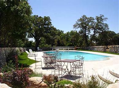 Masseria apulien ferienwohnung apulien masseria selvaggi hotel apulia mit pool - Masseria in puglia con piscina ...